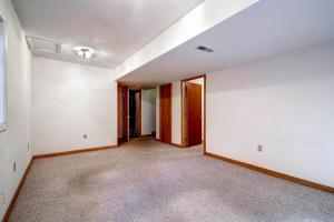 1000 Homestead Dr Unit 22-large-023-Lower Level-1500x1000-72dpi