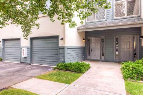 217 W Beaver Creek Blvd Unit-small-004-Exterior Front Entry-666x444-72dpi