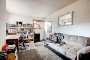 2845 Snowberry Dr A Vail CO-large-021-Study-1499x1000-72dpi