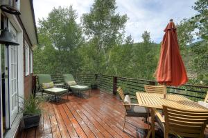 2845 Snowberry Dr A Vail CO-large-022-Deck-1500x1000-72dpi