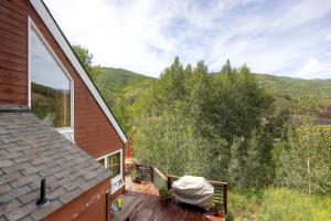 2845 Snowberry Dr A Vail CO-large-025-Exterior Side-1499x1000-72dpi