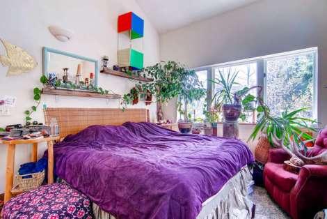 663 Boulder St Unit B Minturn-small-015-2nd Floor Master Bedroom-666x446-72dpi